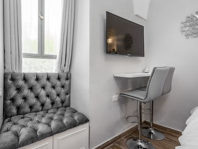 Photo for Nice Studio Full equipped next the Waldorf Astoria