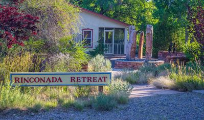 Welcome to our Rinconada Rio Grande Retreat!