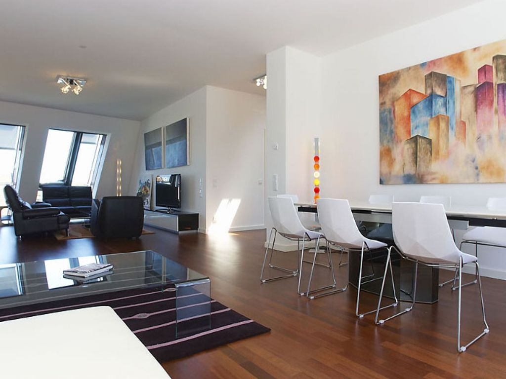 Penthouse Berlin Mitte mitte penthouse i spacious mitte penthouse i apartment in mitte