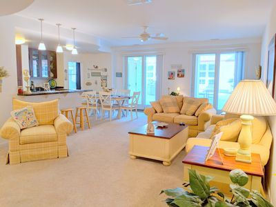 Photo for Adorably decorated poolside condo, right on the beach! Sleeps 6!