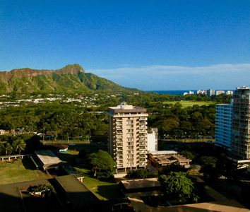 Photo for Awesome 1 Bedroom Suite 1 Block to Waikiki Beach - Low Rates
