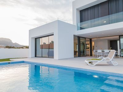 Photo for Luxurious Villa in Calpe with Private Swimming Pool
