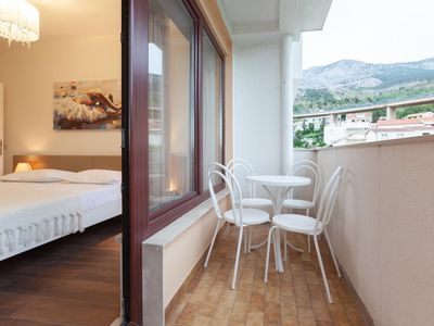 Photo for One bedroom apartment with balcony and sea view Podgora, Makarska (A-2787-b)