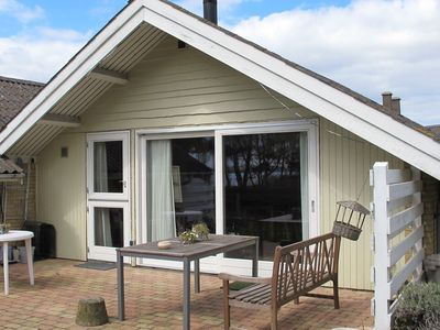 Photo for Holiday cottage approx. 50 m from the water's edge at Grønsund ...