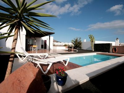 Photo for Lanzarote - 2 bedroom house near the beach