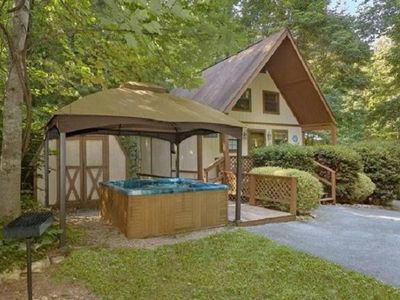 Photo for Trout Valley Lodge - One Bedroom Chalet, Sleeps 4