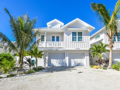 Photo for BRAND NEW FINS UP w/ Private Pool & 4 Min Walk To Beach