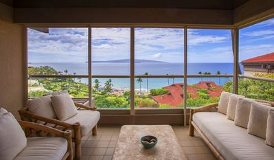 Photo for Luxurious Oceanview Condo In Wailea's Most Exclusive Resort