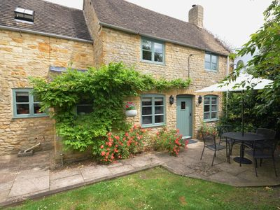 Photo for 1 bedroom Cottage in Lower Slaughter - TMILL