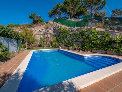 Photo for Beautiful detached villa with sea views and private pool