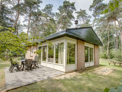 Photo for 6-person children's bungalow in the holiday park Landal Heideheuvel - in the woods/woodland setting