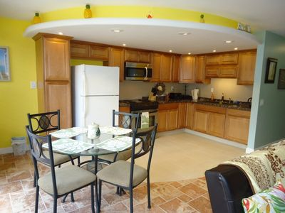Photo for 2BR, 1.5 baths, Sleeps 6, Fully equipped kitchen, 2 bed rooms and 1.5 bathrooms!