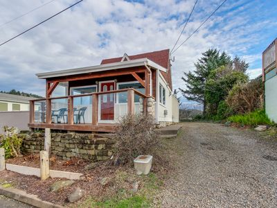 Photo for Dog-friendly home with ocean views from deck and private hot tub!