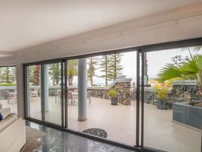 Photo for Luxury self contained holiday apartments on the beachfront in Manly