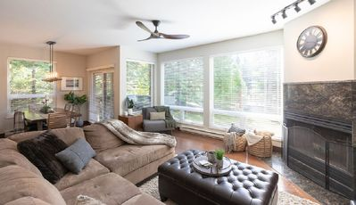 Photo for Luxury Renovated 2BR/2BA Townhouse in the Prestigious Benchlands
