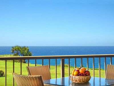 Photo for Oceanfront, Great Lanai Views, Whales in Winter & Dolphins Year-Round, King Bed