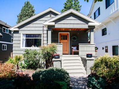 Greenlake Craftsman Home with Hot Tub & Garden - PERFECT FOR STAYCATIONS FOR THE ENTIRE FAMILY