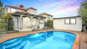 Search 509 holiday rentals
