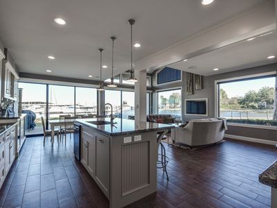 Photo for Gorgeous Spacious Waterfront Townhome