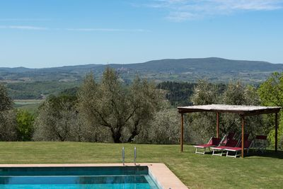 swimming pool with view of San Gimignano
