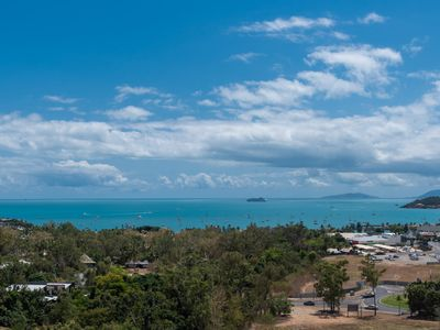 Photo for Coral View at Azure Sea - Airlie Beach 3 bedroom
