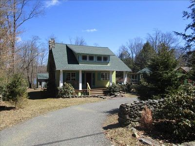 "Photo for ""Stepping Stone"" cottage is a stone throw away from the center of town in Eagles Mere."