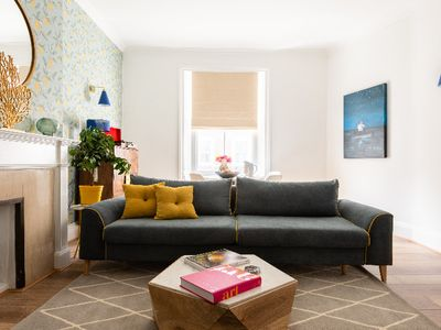 Photo for The Gloucester Road Mews - Stylish & Modern 1BDR Apartment