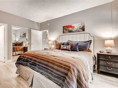 Photo for One Bedroom Condo Across from Park City Mountain