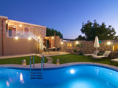 Photo for Blue Paradise villa With Pool And Jacuzzi For 5 People