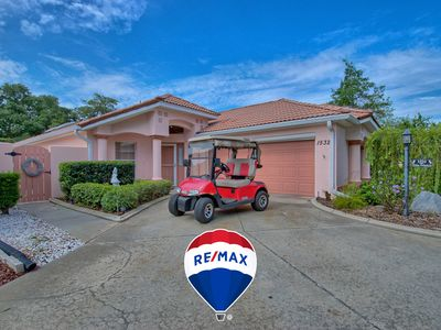 Photo for THE VILLAGES POOL HOME WITH VIEW OF GOLF COURSES WITH CART