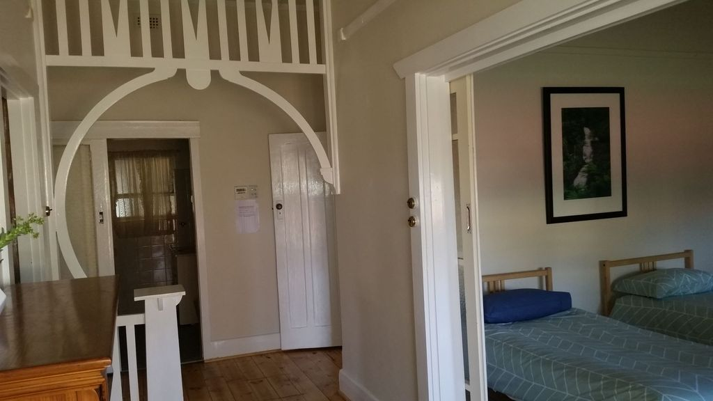 Entire House. Big Rooms. Great Spot. Value Plus!