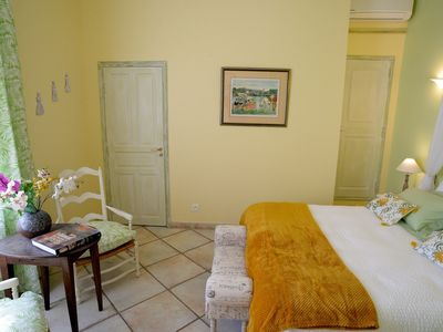 Photo for Romance en Arles - Bed and Breakfast in Provence, Fontaine Des Magnarelles