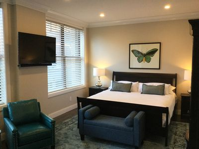 Photo for Faneuil Hall/Quincy Market Large, Luxury Studio Condo Efficiency