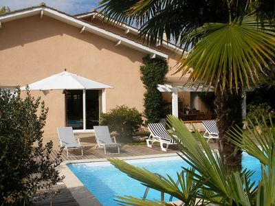 Photo for BORDEAUX CLOSE VILLA WITH POOL CLOSE TO THE VINEYARDS IN A QUIET CESTAS