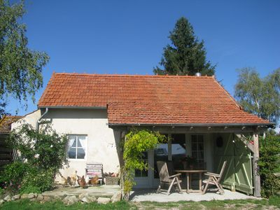 Photo for Family friendly holiday accommodation with cozy cottage and romantic pipo trucks