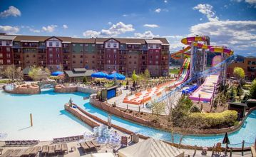 Wyndham Smokies Lodge at Wilderness Waterpark - 5 or 6 nts Arrive 3/18