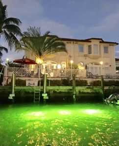 Immaculate Waterfront Villa with Heated Pool, Gas BBQ & High Speed Internet