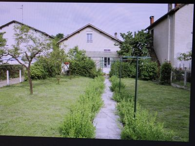 Photo for QUIET HOUSE WITH GARDEN NEAR THE CITY CENTER. 5 PLACES