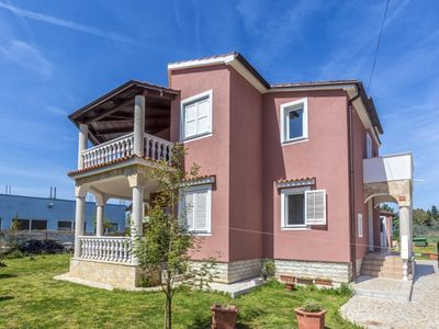 Photo for 2 bedroom Apartment, sleeps 6 in Škatari with Air Con and WiFi