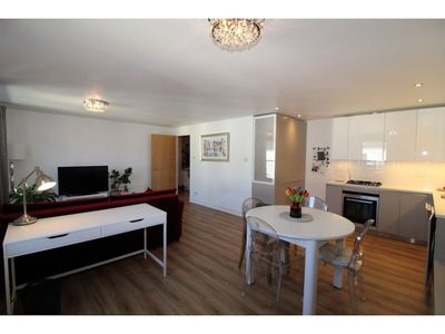 Photo for Stylish Modern 1BR Flat for 4 in Shore Side Leith