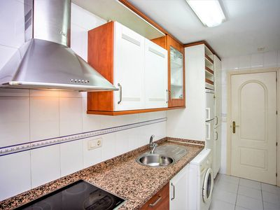 Photo for BB43 3 bed apartment close to beach