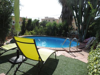 Photo for Fantastic House with swimming pool, wide garden and private car park.