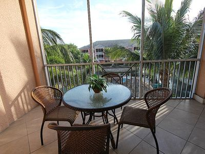 Photo for Beautiful condo with 2 pools, 2 hot tubs & close to the beach!