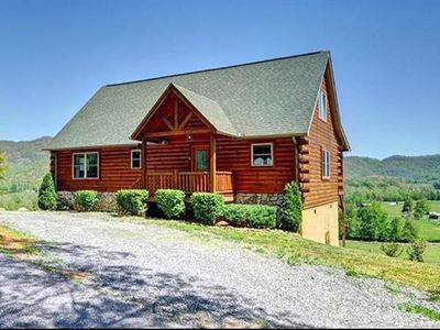 Photo for The Cabin on Sunny Hill, Majestic Views, Cozy, Clean, Convenient