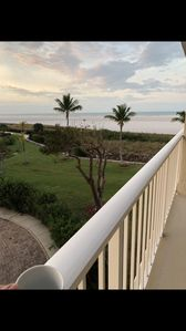 Photo for Beautiful beachfront condo located at Southsea West