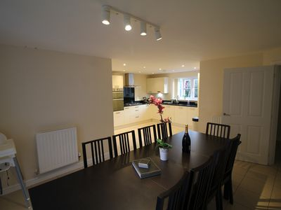 Photo for Fantastic & Contemporary Home in Hemel Hempstead