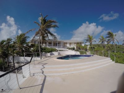 Cozy and charming 3BD house in Stella Maris overlooking the Atlantic