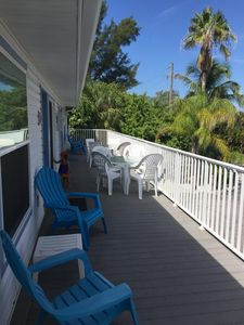 Photo for Anna Maria Island Seabreeze Condo - Steps From The Beach