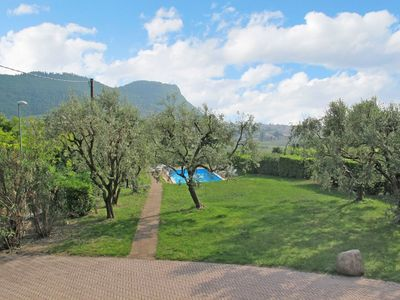 Photo for Nice apartment for 4 guests with WIFI, pool, A/C, TV, pets allowed and parking