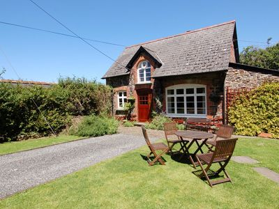 Photo for THE COACH HOUSE, pet friendly, with a garden in Lifton, Ref 967327